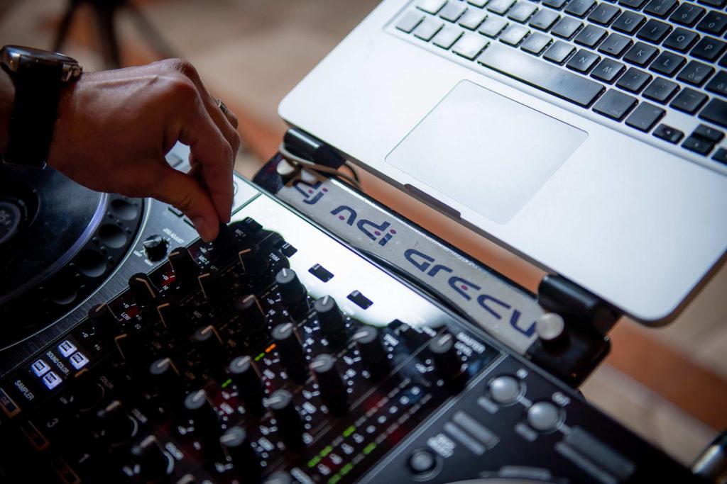 DJ Moeciu